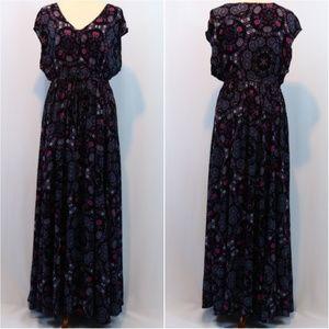 Torrid Printed Flutter Cap Sleeves Maxi Dress